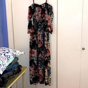 Maxi off the shoulder floral dress